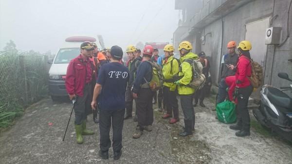 台北市一對57歲許姓男子與53歲譚姓妻子,8日前往陽明山內雙溪古道健行,但下午卻疑似遇上暴雨,兩人失聯多時。圖僅示意,與本聞無關。(資料照)