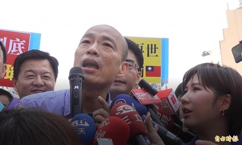 高雄市長韓國瑜1日去鹿港天后宮跑競選行程,媽祖突然氣到「退駕」。民俗專家表示,神明進入時勿擾是基本禮貌。(資料照)