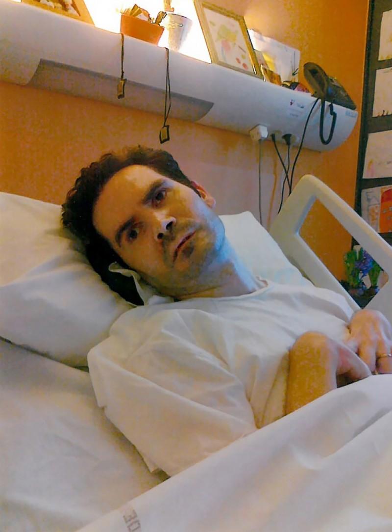 42歲的法國男子藍伯特2008年因車禍,四肢癱瘓,變成植物人已有10年之久。(法新社)