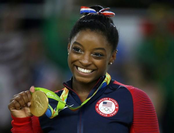 20歲的美國奧運體操天才少女拜爾絲在社群網絡「推特」上發聲明,訴說自己也曾遭隊醫性侵。(美聯社)