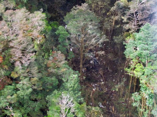 印尼國家搜救署(National Search and Rescue Agency)今公布昨(16)日失聯印尼特里加納航空公司(Trigana Air)TGN267航班的疑似飛機殘骸照。(法新社)