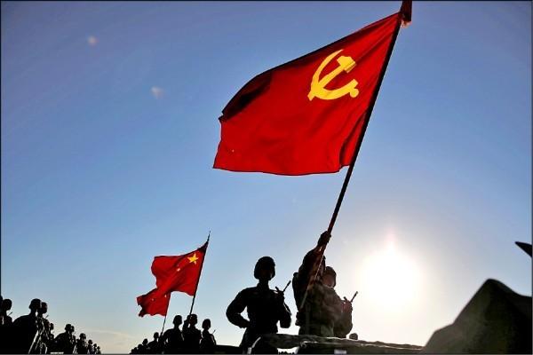 兩岸政策協會研究員張宇韶認為,「中國政權覆亡的循環規律又開始了」。(路透)