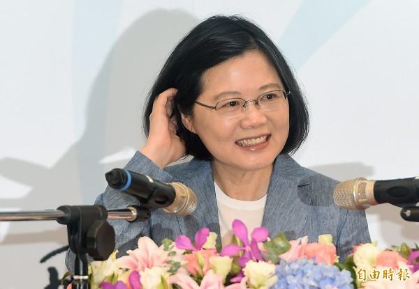 台灣智庫今天發表最新民調,總統蔡英文滿意度49.1%、不滿意度36%。(資料照,記者廖振輝攝)