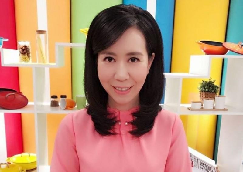 日前國民黨高雄市議員邱于軒上節目替韓國瑜辯護,結果被主持人陳凝觀狂嗆「你這個論述我都聽不下去」。(擷取自陳凝觀臉書)