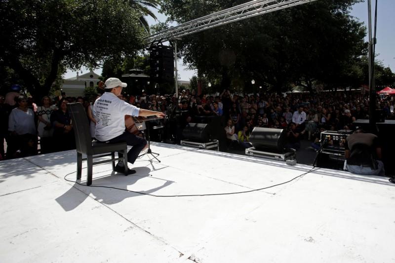 知名大提琴家馬友友13日則在德州邊境城市拉雷多舉辦音樂會,拉雷多與新拉雷多比鄰而居,正好位於美墨邊界。(路透)
