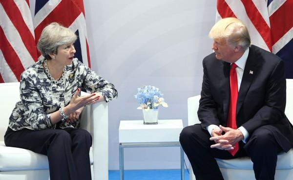 川普原計畫在今年2月末訪問英國,但出於擔心訪英可能遭大規模抗議,川普已取消訪英計畫。(法新社)