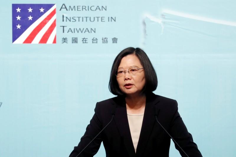 蔡總統表示,台灣的民主需要美國夥伴關係,並說在過去台灣沒有屈服於專制政權的恫嚇,未來也不會發生,誓言繼續奮戰。(路透資料照)