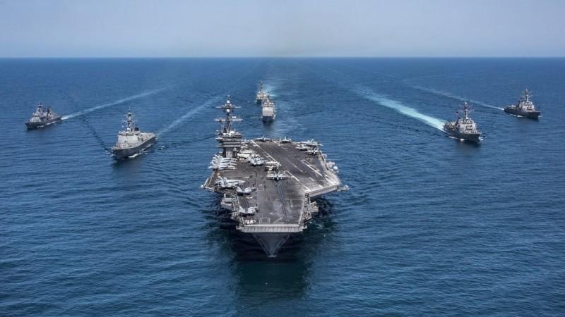 參院意見指出,美國國防部應定期持續派遣軍艦通過台灣海峽。(路透資料照)
