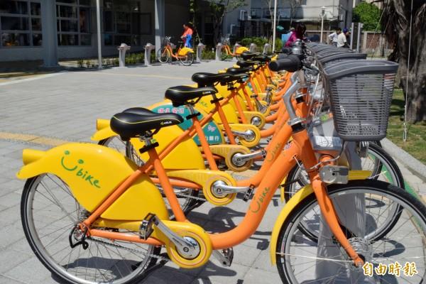 台北市與新北市的公共自行車YouBike同步開放一卡通租借。(資料照,記者陳韋宗攝)