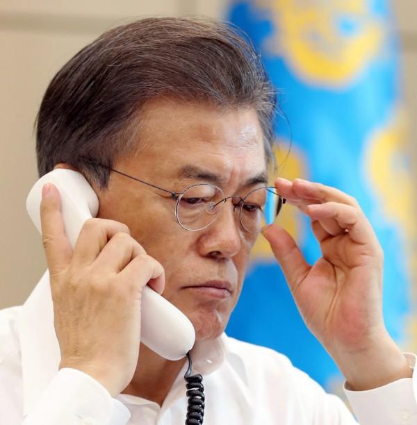 北韓核試爆後,文在寅昨晚急CALL美俄德三國元首。(歐新社)