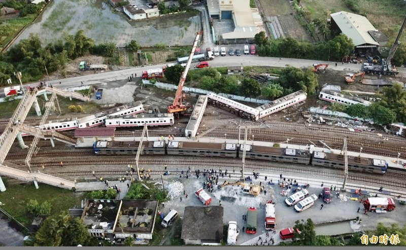 普悠瑪列車去年在宜蘭發生出軌事故,造成重大傷亡。(資料照)