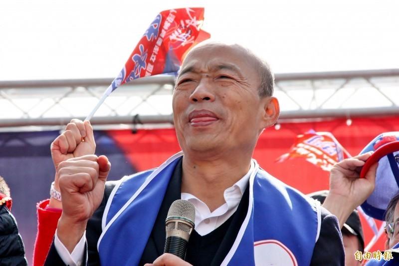 作家苦苓先前指稱,高雄市長韓國瑜上任迄今已負債近400億元,高雄市府今下午已委由律師遞狀提出刑事告訴。(資料照)