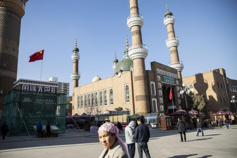 有獨立記者調查發現,中國當局蓄意且有系統地剷除穆斯林文化,至少有31座清真寺遭到摧毀。(彭博)