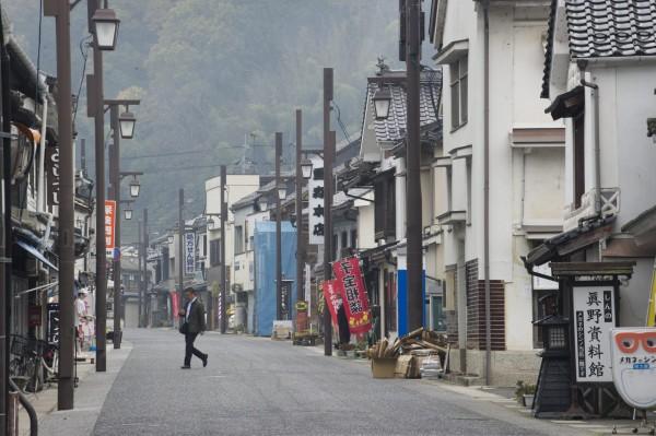 日本政府統計資料顯示,去年全日本人口自然減少高達29.4萬人,減少幅度創下歷史新高。(歐新社)