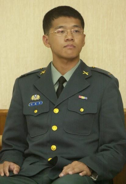 台灣首位西點軍校畢業生李武陵於2004畢業返國後,甚至還被前總統陳水扁接見,而他卻在可申請退伍的役期10年一到,便申請退伍。(資料照,記者王敏為攝)