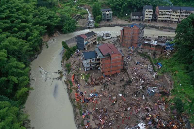 利奇馬橫掃中國災情擴大,6省逾600萬人受災。圖為浙江省永嘉縣。(歐新社)
