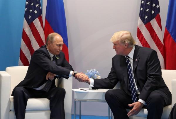 外媒盛傳FBI所調查的2016美國總統大選「通俄門」事件起訴名單已出爐,最快今日將逮人。(歐新社)