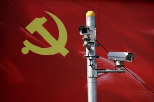 中國政府在各城市廣設監控鏡頭監視人民的一舉一動。(路透)