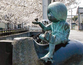 以經典漫畫「鬼太郎」聞名的漫畫大師水木茂,被稱為日本鬼怪漫畫第一人,也是怪談系題材的元祖。(圖結自網路)