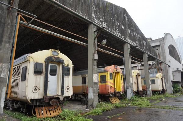 日治時期落成至今的鐵道車輛基地「台北機廠」去留問題,隨著相關都市計畫變更案明天將再審,再度引發熱烈討論。(資料照,記者施致如攝)