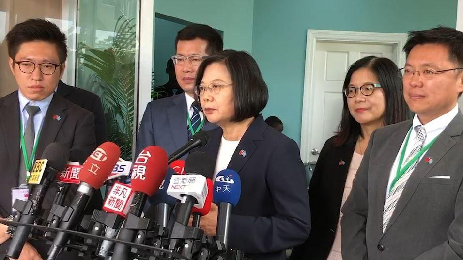 蔡英文總統前往露國國會發表演說,強調台灣的合作模式不會有「債務陷阱」的問題,被問到此話是否針對中國,蔡總統回應,「我們應該講的,常常有人問我的一句話,叫做不要對號入座」。(記者楊淳卉攝)