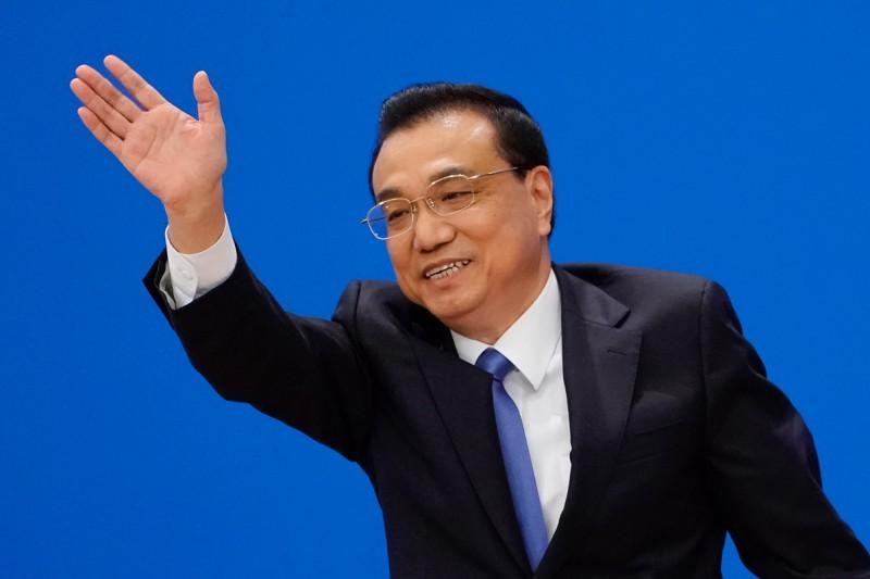 李克強表示,中國高度重視港澳台的投資,港澳台投資將可比照《外商投資法》。(歐新社)
