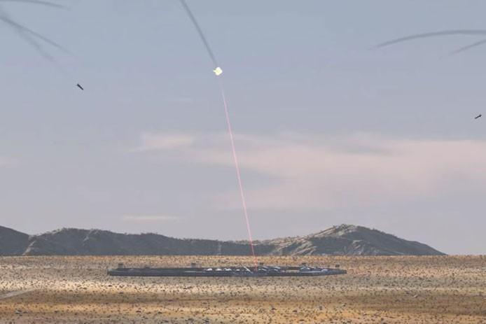 俄羅斯專家表示,雷射武器很有可能改變全球作戰面貌。圖為美國軍事科技公司雷神近日張貼雷射砲攔截飛彈的概念影片畫面。 (圖取自雷神官網)