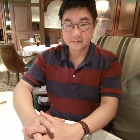 文化大學新聞系主任胡幼偉直言「只有郭台銘當總統,台灣才有希望」是美麗的誤會。(圖擷取自胡幼偉臉書)