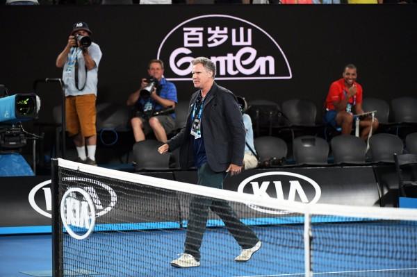 澳網賽場上可見到贊助商景田的商標。(歐新社)