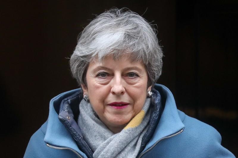 英國首相梅伊(Theresa May)今(20)日正式向歐洲理事會主圖斯克(Donald Tusk)提出請求,希望歐盟推遲英國脫歐期限,延到6月30日。(彭博)