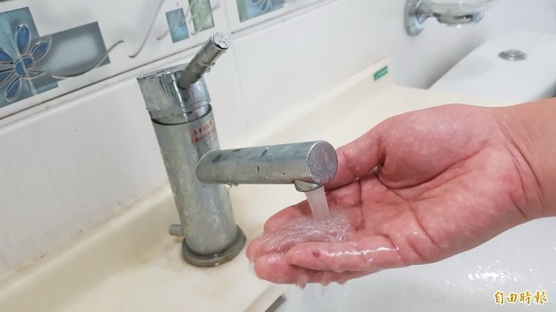 自來水公司12區管理處辦理「尖山加壓站高壓電氣設備檢驗」,從凌晨0點起至早上10點停水施工,停水區域包含桃園後站12個里、龜山工業區一帶將停水,停水用戶達4萬戶。示意圖。(資料照)