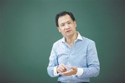 中國清華大學的著名法學教授許章潤。(圖取自網路)