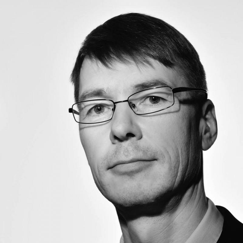 愛沙尼亞隸屬極右翼政黨EKRE的IT與外國貿易部長庫奇克(Marti Kuusik),才剛上任1天就被撤職,目前傳出他因為涉及家暴而遭到調查。(圖擷自Marti Kuusik臉書)