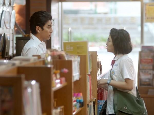 電影《我的少女時代》主題曲《小幸運》深受韓國粉絲喜愛。(擷取自YouTube)