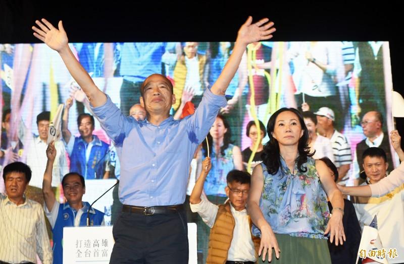 李富城在九合一大選投票日當天,提及韓國瑜選前之夜活動,並呼籲大家「投票去吧」,被選委會認定違法。(資料照)