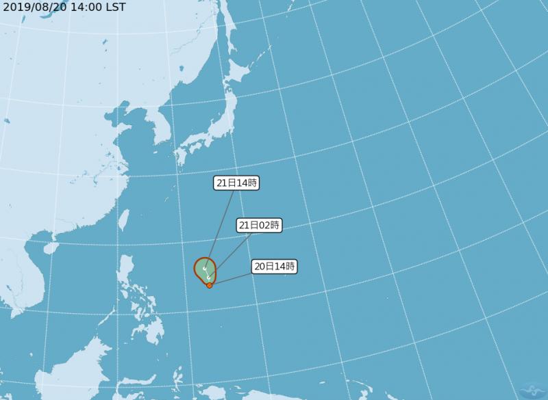有部分模擬數據顯示準白鹿有往台灣靠近的可能性。(中央氣象局)