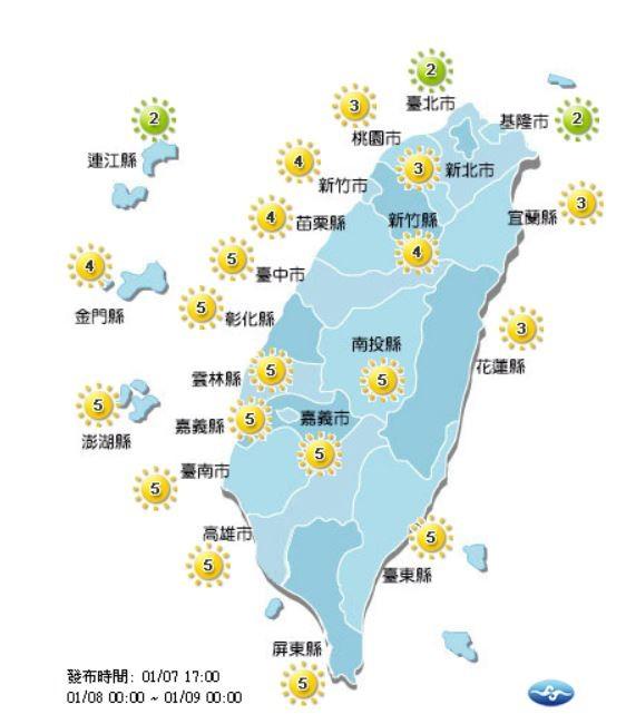 明天除了連江縣、台北市、基隆市為「低量級」的綠色圖示之外,其他地區都是「中量級」的黃色圖示。(圖取自中央氣象局)