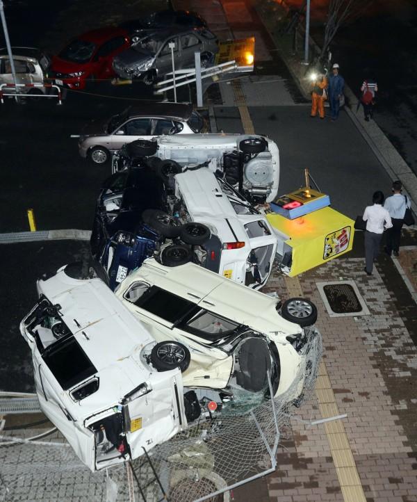 「燕子」掃過日本,關西地區首當其衝,目前關西地區超過109萬戶停電。(歐新社)