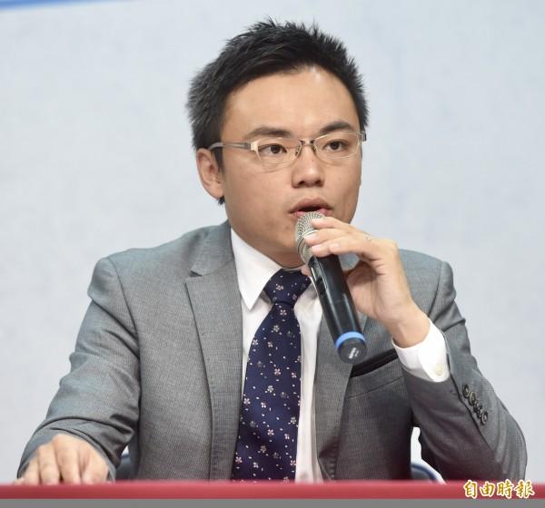國民黨發言人洪孟楷今晚質疑,即將接任花蓮代理縣長的蔡碧仲過去主導「拔管」爭議極大,是還藏在蔡政府裡面屬於次長級的「張天欽們」。(資料照)