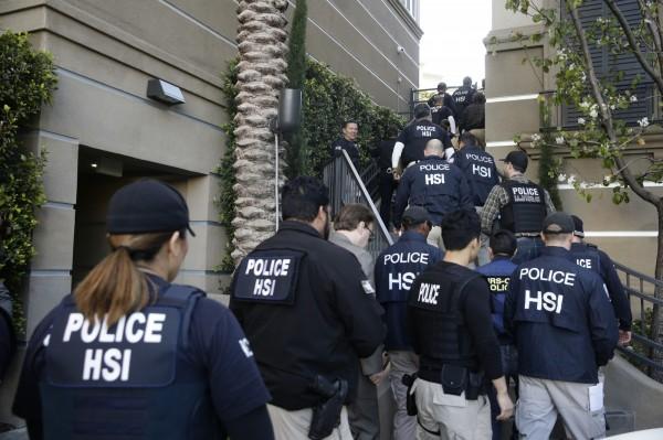 加州首次起訴19名涉嫌助中國孕婦到美國產子的不肖業者。(美聯社)