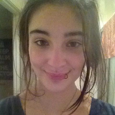 澳洲少女特里文(见图)在13岁时遭女同学霸凌,还惨遭两名男子在小房间内性侵,最后选择轻生。(图撷自脸书)