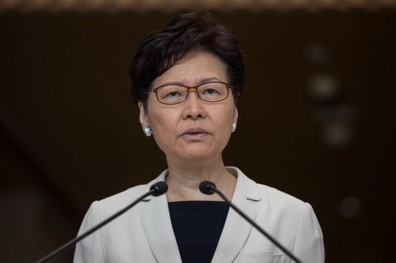 香港特首林鄭月娥今表示,下週會舉辦首場社區對話活動,邀請港民自由報名參與,每場有100至200個名額。(歐新社)