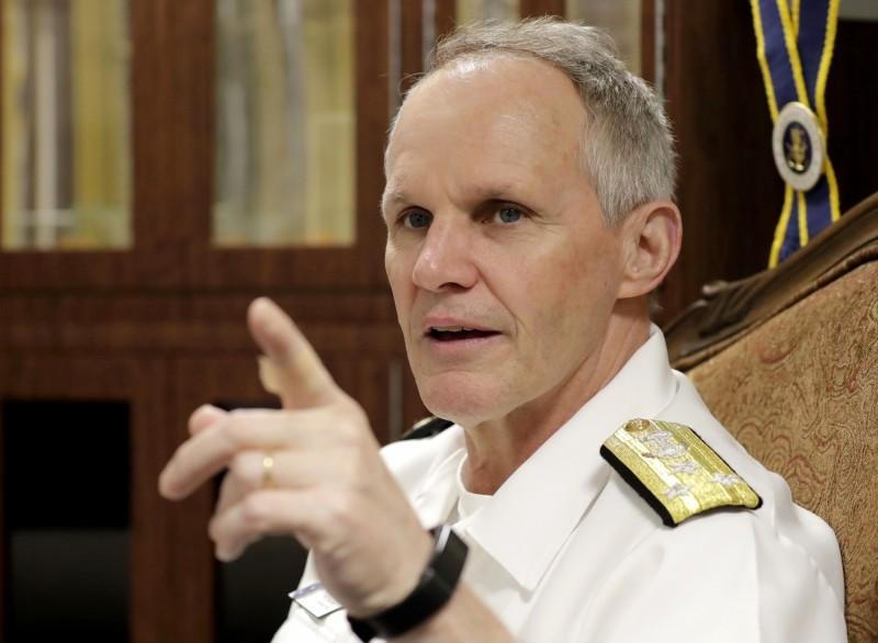 美國第7艦隊司令海軍中將邵葉今(18)日表示,儘管中國設法將美國排除在南海事務之外,去年還曾威脅美方驅逐艦,但美軍將會堅持「航行自由」的伸張,不會退縮。(美聯社)