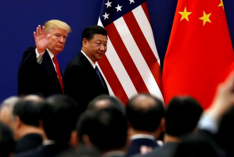 對於美國不斷宣稱將在月底G20峰會進行「川習會」,中國不願證實這項傳言。圖為2017川習會。(路透)