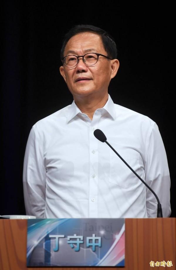 台北市長候選人辯論會今天登場,國民黨候選人丁守中強調自己是「中華民國派」。(記者方賓照攝)