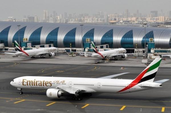 一名台灣女童在阿聯酋一架從杜拜飛往慕尼黑的班機上突發高燒,最終不治。圖為示意圖,非當事班機。(美聯社)