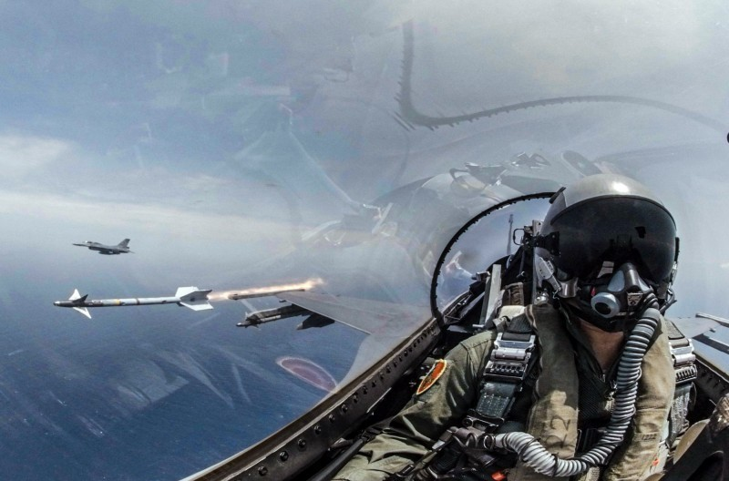 美方23日發布的新合約表明,雷神飛彈系統公司將為台灣的響尾蛇飛彈提供支援與維修服務。(圖由軍聞社提供)