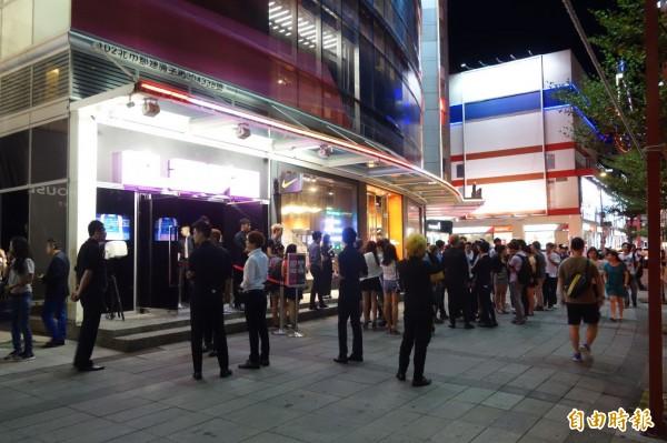 台北市朱姓男子與友人到夜店狂歡,卻趁友人的女友喝醉落單,趁機對她襲臀,示意圖,與本新聞無關。(資料照,記者姜翔攝)
