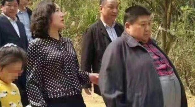 毛澤東嫡孫毛新宇為中國解放軍最年輕少將,模樣讓不少台灣民眾開眼界。(圖擷取自王丹臉書)