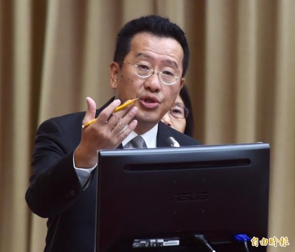 顧立雄邀黃國昌針對兆豐案辯論。(資料照,記者簡榮豐攝)